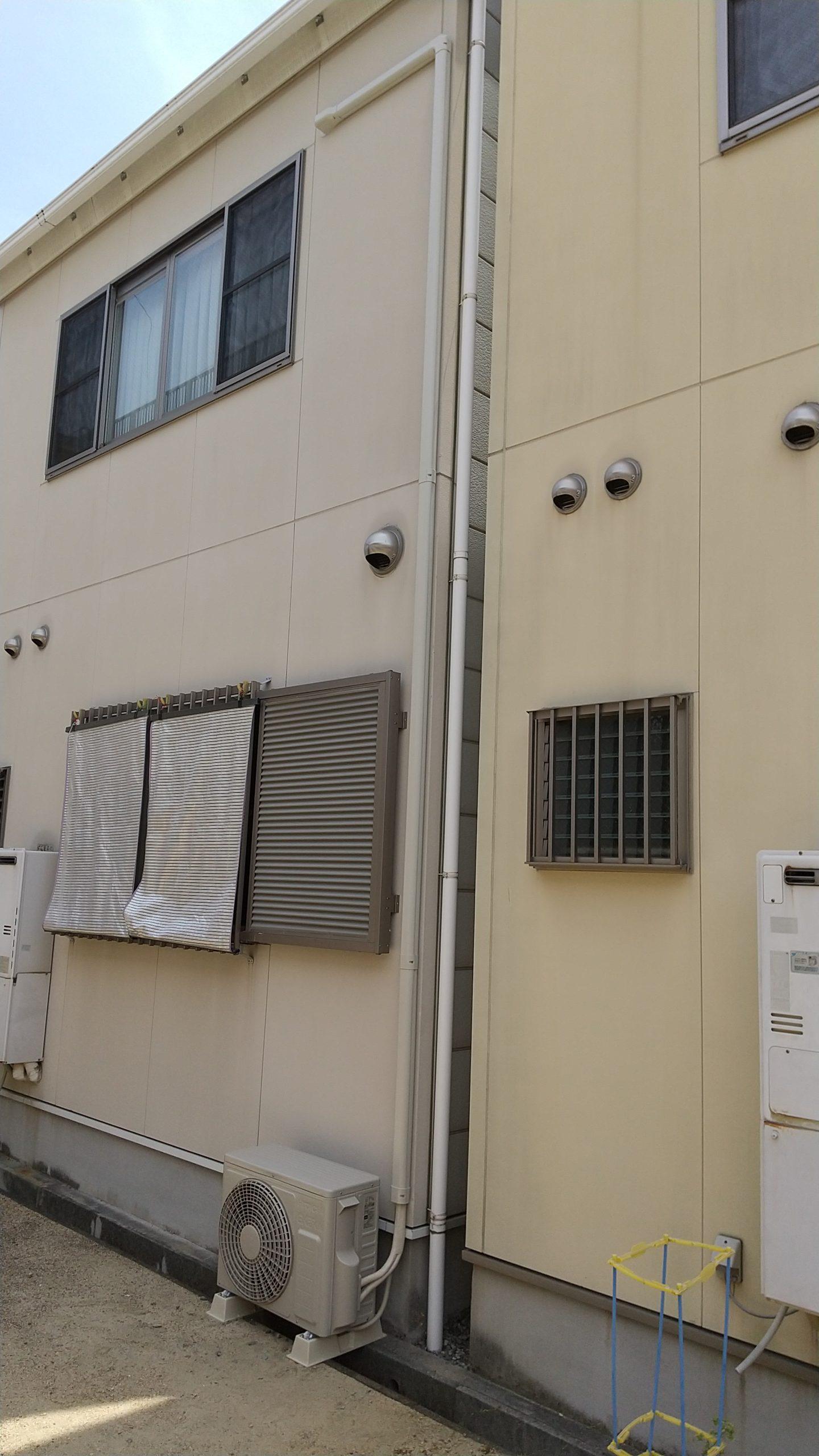 兵庫区のI様宅のエアコン取付け工事をさせて頂きました。